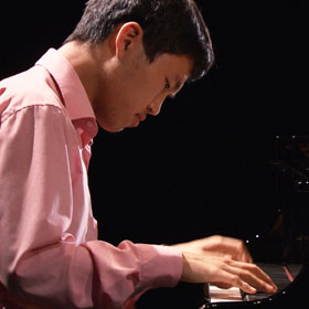 Hyeonjun Jo plays Messiaen